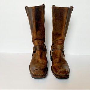 FRYE Harness 12R Woman's Boot Cognac
